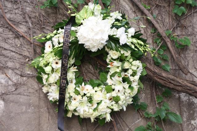 coroana-funerara-atelier-design-floral-bucuresti-madalinasandu